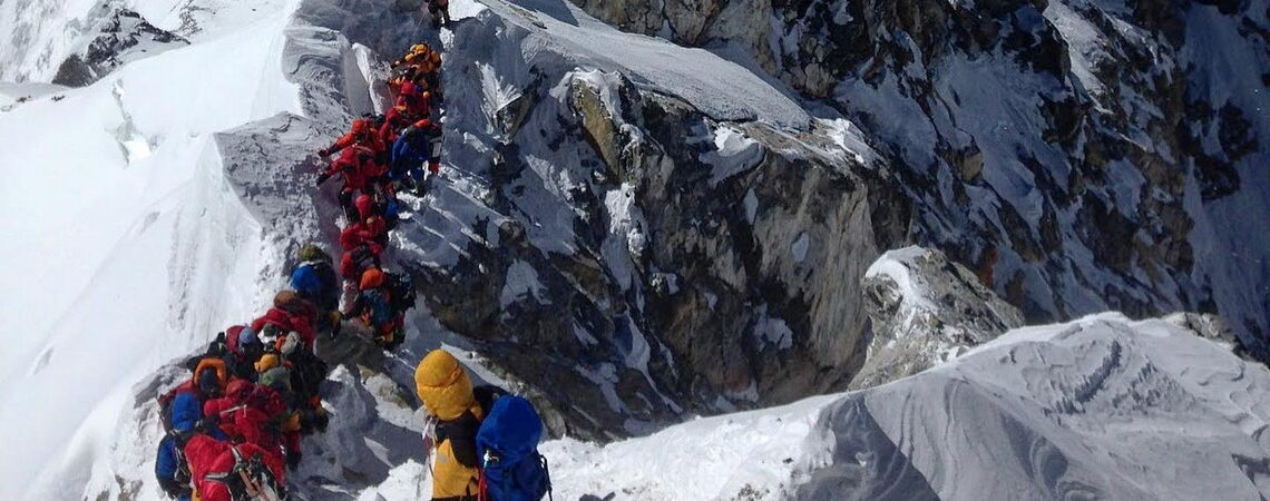 Nadludzcy, odporni na wysokość Szerpowie: Co pomogło im zdobyć K2 w zimie?